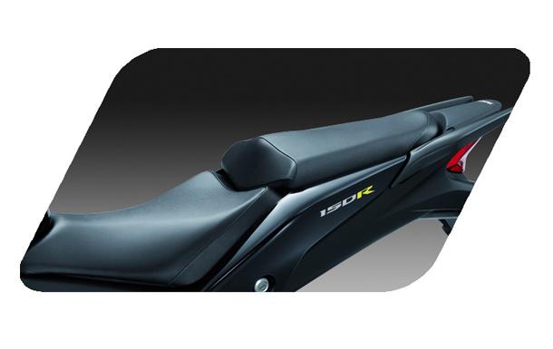 Honda CBR150R 11